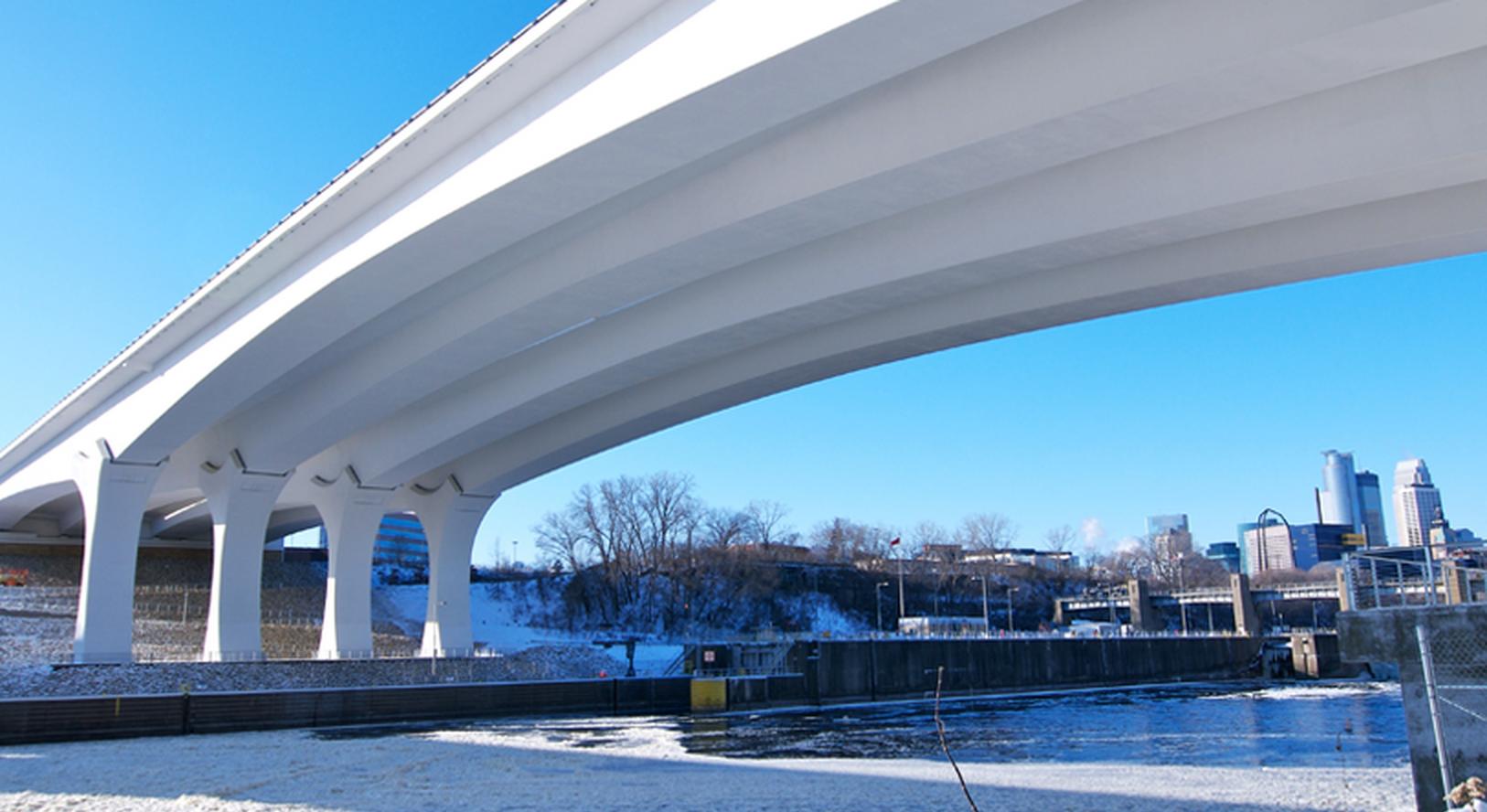 35w Bridge Evs